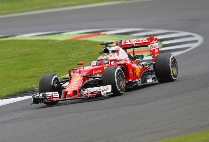 Kimi Raikkonen foi o mais rápido do segundo dia de testes em Silverstone com a Ferrari (Foto: Getty Images)