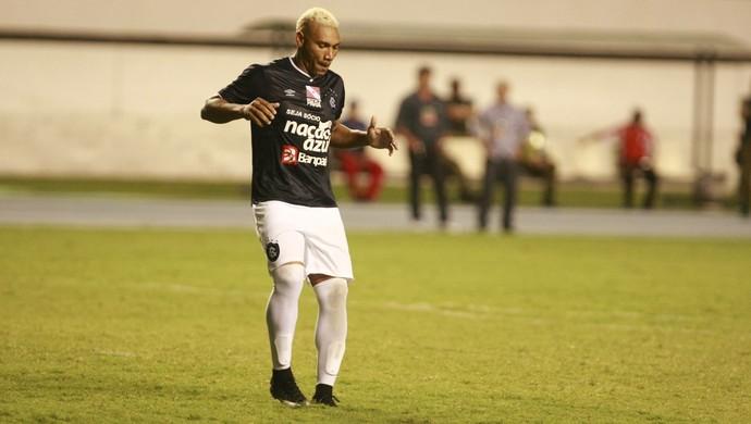 Caça-Rato dançou após o gol no Re-Pa e promete mais no Parazão (Foto: Tarso Sarraf/O Liberal)