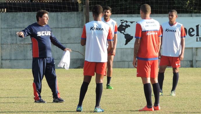 Grêmio Prudente treino CT Jardim Everest (Foto: Ronaldo Nascimento / GloboEsporte.com)
