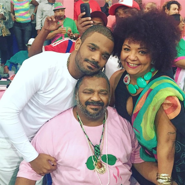 Arlindo Cruz, Arlindinho e Babi (Foto: Reprodução/Instagram)