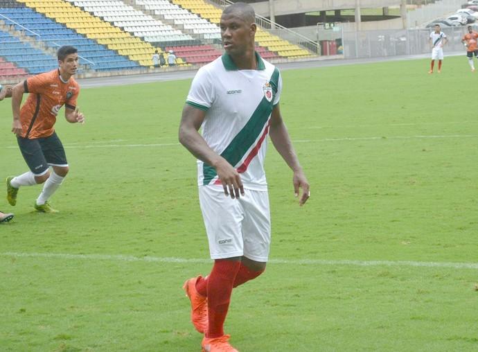 Léo Oliveira, volante do Real Noroeste (Foto: Sidney Magno Novo/GloboEsporte.com)