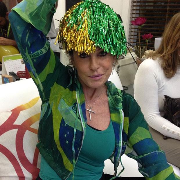 EGO - Famosos vestem verde e amarelo e torcem pelo Brasil - notícias ... 8ef180efa881a