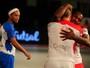 Times de Ronaldinho e Falcão iniciam perdendo em torneio indiano de futsal