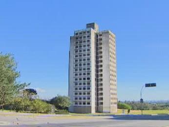 Prefeitura de São José abre edital para leilão de duas torres da Argon (Foto: Reprodução/TV Vanguarda)