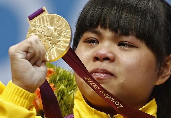 Zulfiya Chinshanlo; levantamento de peso (Foto: Reuters)