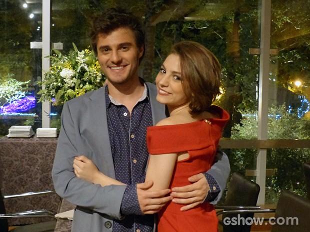 Lais torce pelo romance entre Micaela e Martin  (Foto: Malhação / TV Globo)