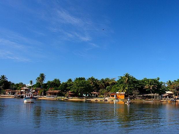 Caraíva está localizada a cerca de 82 quilômetros de Porto Seguro e é um destino para quem procura relaxar. (Foto: Divulgação/ Prefeitura de Porto Seguro)