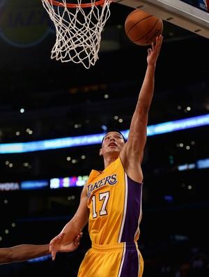 Jeremy Lin considera Kobe Bryant seu mentor dentro de quadra (Foto: Getty Images)