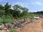 Sujeira acumulada em terrenos preocupa moradores de Sorocaba