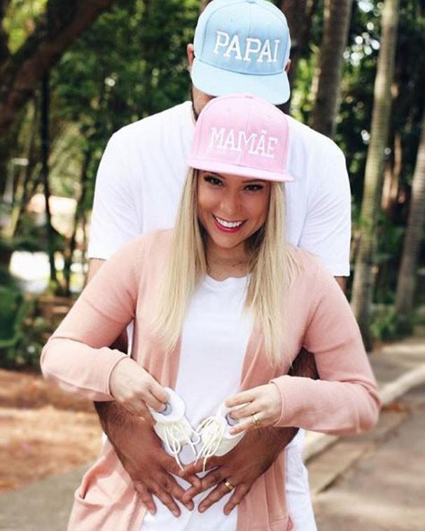 Camilla Cabral anuncia gravidez de seu primeiro filho (Foto: Reprodução/Instagram)