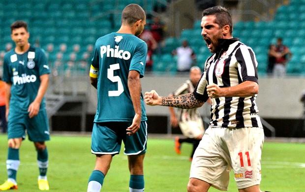 Escudero comemoração Vitória contra Goiás (Foto: Erick Salles / Futura Press)