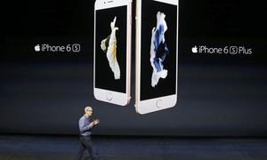 Apple anuncia lucro recorde, mas vende menos iPhones que esperado