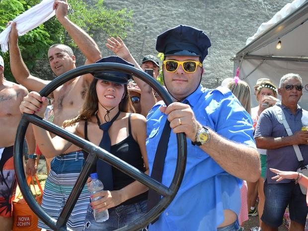 Fantasia de motorista tomou conta de Paraitinga nesta terça-feira (9) (Foto: Filipe Rodrigues/ G1)