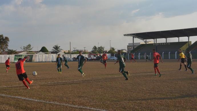 Rondoniense Sub-20, Real Desportivo e Rondoniense, no estádio Gentil Valério (Foto: Jeferson Guedes)