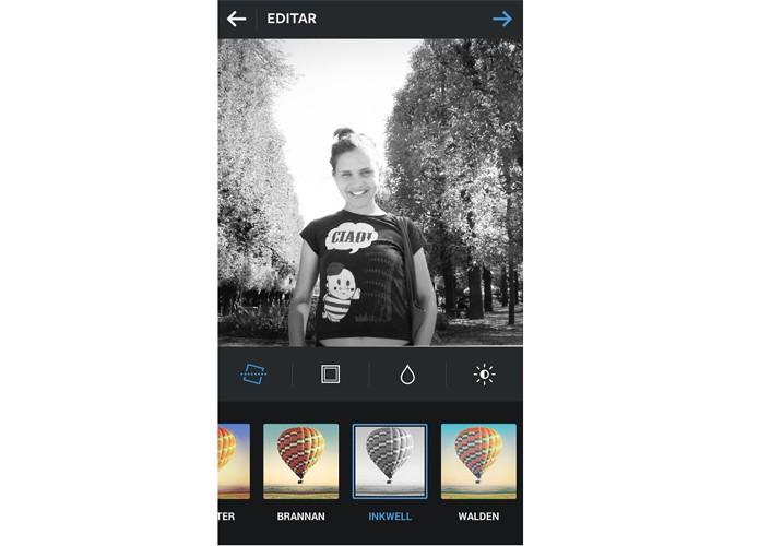 O filtro Inkwell dá às fotos um ar mais clássico no Instagram (Foto: Reprodução/Taysa Coelho)
