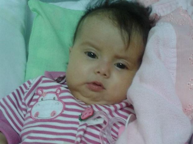 Sofia deverá ser transferida de ambulância nesta semana (Foto: Divulgação/ Campanha Ajude a Sofia)