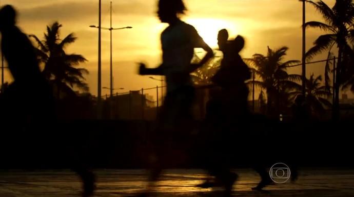Jovens buscam seu espaço no futebol (Foto: Reprodução TV Globo)