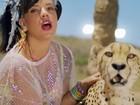 Lily Allen lança clipe de 'Air balloon'