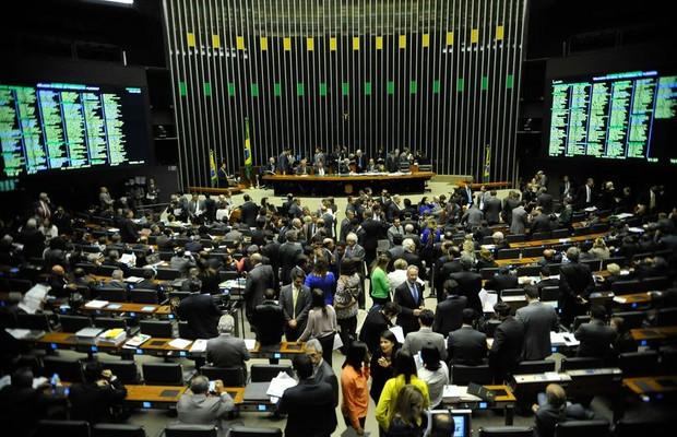 Revés de Cunha muda rumo da oposição