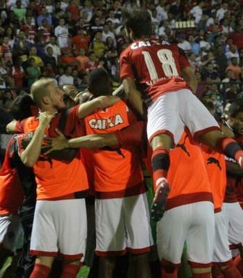 Vitória comemora gol contra o River-PI (Foto: Moysés Suzart / Divulgação / EC Vitória)