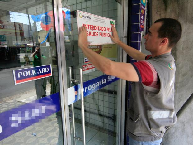 Estabelecimento foi interditado pela segunda vez pela Visa Manaus (Foto: Márcio James/Semcom)