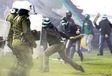 Em crise política e econômica, gregos veem aumento da violência no futebol