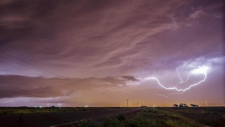 tempestade-chuva-raio-clima (Foto: Terry Presley/CCommons)