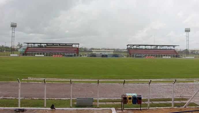 Estádio Portal da Amazônia em vilhena, RO (Foto: Larissa Vieira)