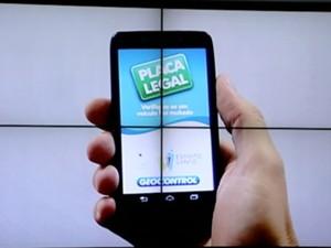 Aplicativo Placa Legal foi lançado pelo governo do estado (Foto: Reprodução/TV Gazeta)