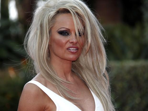 Pamela Anderson em premiação em Monte Carlo (Foto: Valery Hache/ AFP)