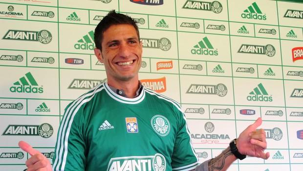 Eguren, novo volante do Palmeiras (Foto: Marcelo Hazan / GLOBOESPORTE.COM)