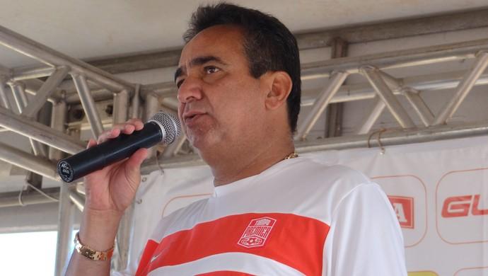 Marcos Barbosa, presidente do CRB (Foto: Leonardo Freire/GloboEsporte.com)