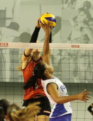 Rio de Janeiro X Sesi-SP - Superliga feminina (Foto: Alexandre Arruda/CBV)