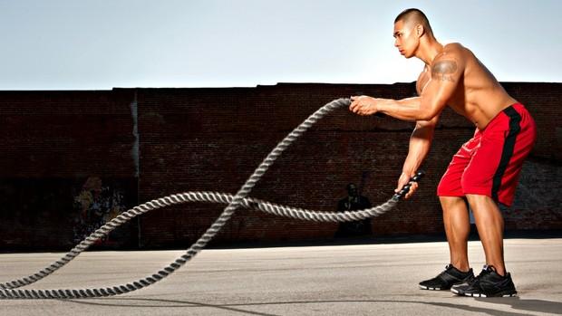 Treino funcional desenvolve força, equilíbrio, flexibilidade e resistência