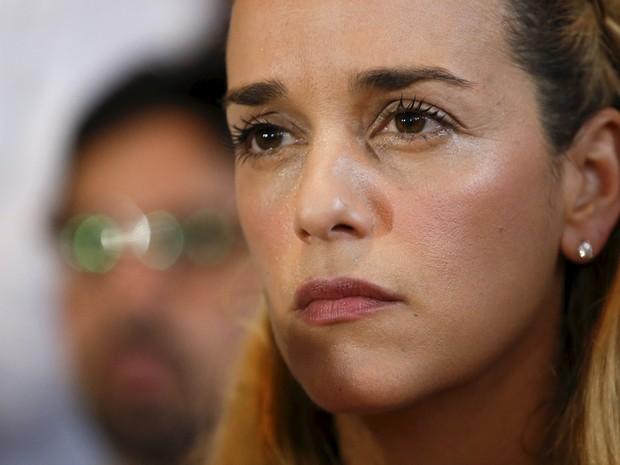 Lilian Tintori, mulher do líder opositor venezuelano detido Leopoldo López, em foto de 26 de novembro (Foto: Carlos Garcia Rawlins/Reuters)