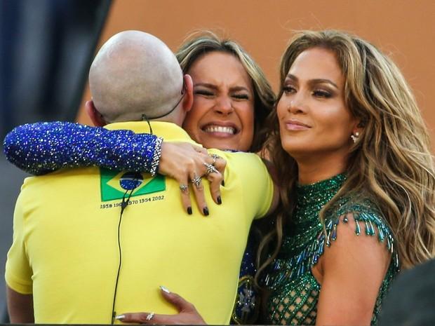 Fotos de Claudia Leitte na Abertura da Copa 2014 o Trio da Abertura Pitbull