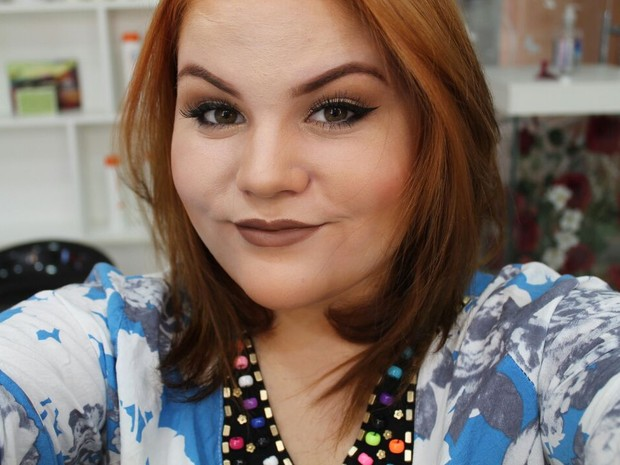 Amanda Vaz, 18 anos, youtuber e maquiadora (Foto: Divulgação)