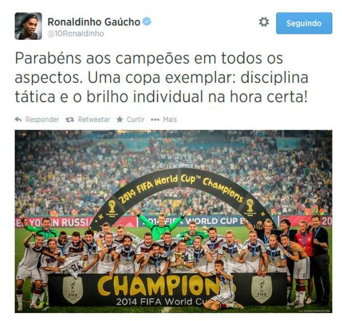 Ronaldinho parabeniza Alemanha por taça (Foto: Reprodução)