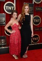 Maisie Williams, de 'Game of Thrones', rouba cena em tapete vermelho