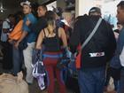 Crise na Venezuela provoca corrida por alimentos na fronteira de Roraima