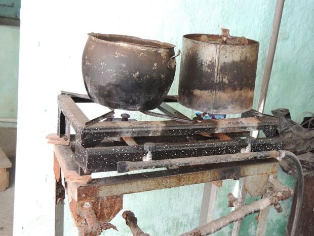 Local funcionava de maneira improvisada (Foto: Divulgação/CRO-PE)