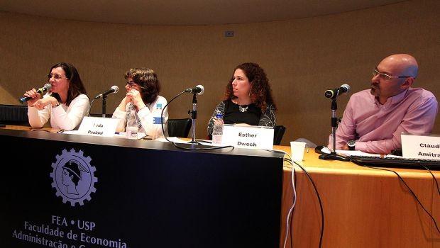 """O seminário """"Desigualdade: estrutura social, mercado de trabalho e sistema tributário"""" aconteceu nesta segunda-feira (28/08), na FEA (Foto: Ismael Rosário/Divulgação)"""