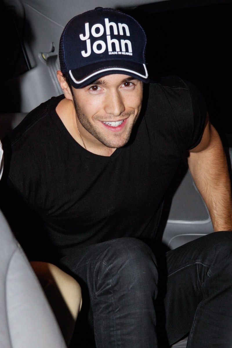 Josh Bowman Amy Winehouse Pictures