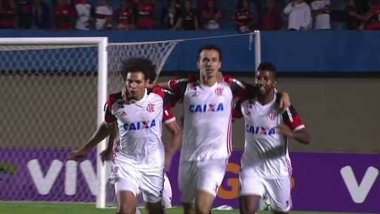 Com média abaixo de Vizeu, Damião tem sombra do reserva no 1º jogo sem Guerrero