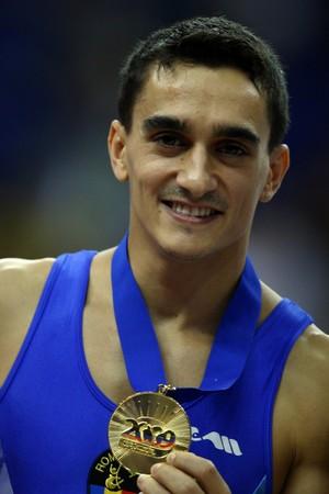 Marian Dragulescu tem nove títulos mundias, os últimos conquistados em 2009 (Foto: Getty Images)