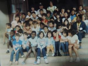 Gracinda com alunos de uma escola municipal de Bauru (Foto: Arquivo pessoal/Gracinda Ferreira)