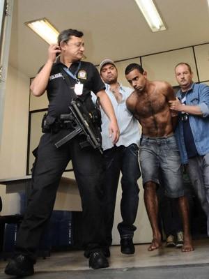 Victor Miguel Souza foi preso na madrugada de sábado com outros suspeitos (Foto: Adriano Lima/Brazil Photo Press/Estadão Conteúdo)