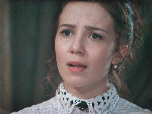 Laura fica uma fera ao perceber a armação de sua mãe (Foto: Lado a Lado / TV Globo)
