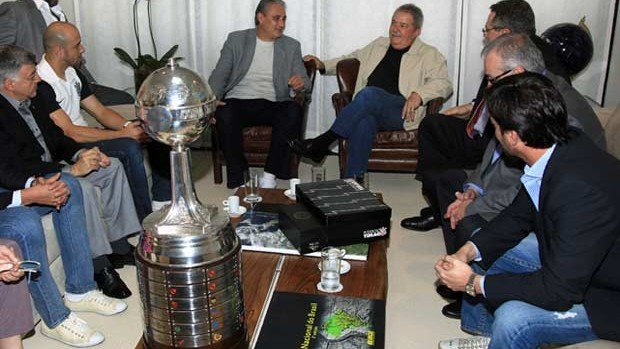 Taça Libertadores Lula Corinthians (Foto: Heinrich Aikawa/Instituto Lula)