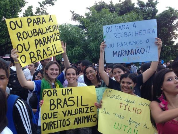 Assim como em outras cidades do país, maior parte dos manifestantes de São Luís são jovens (Foto: Clarissa Carramilo/G1)